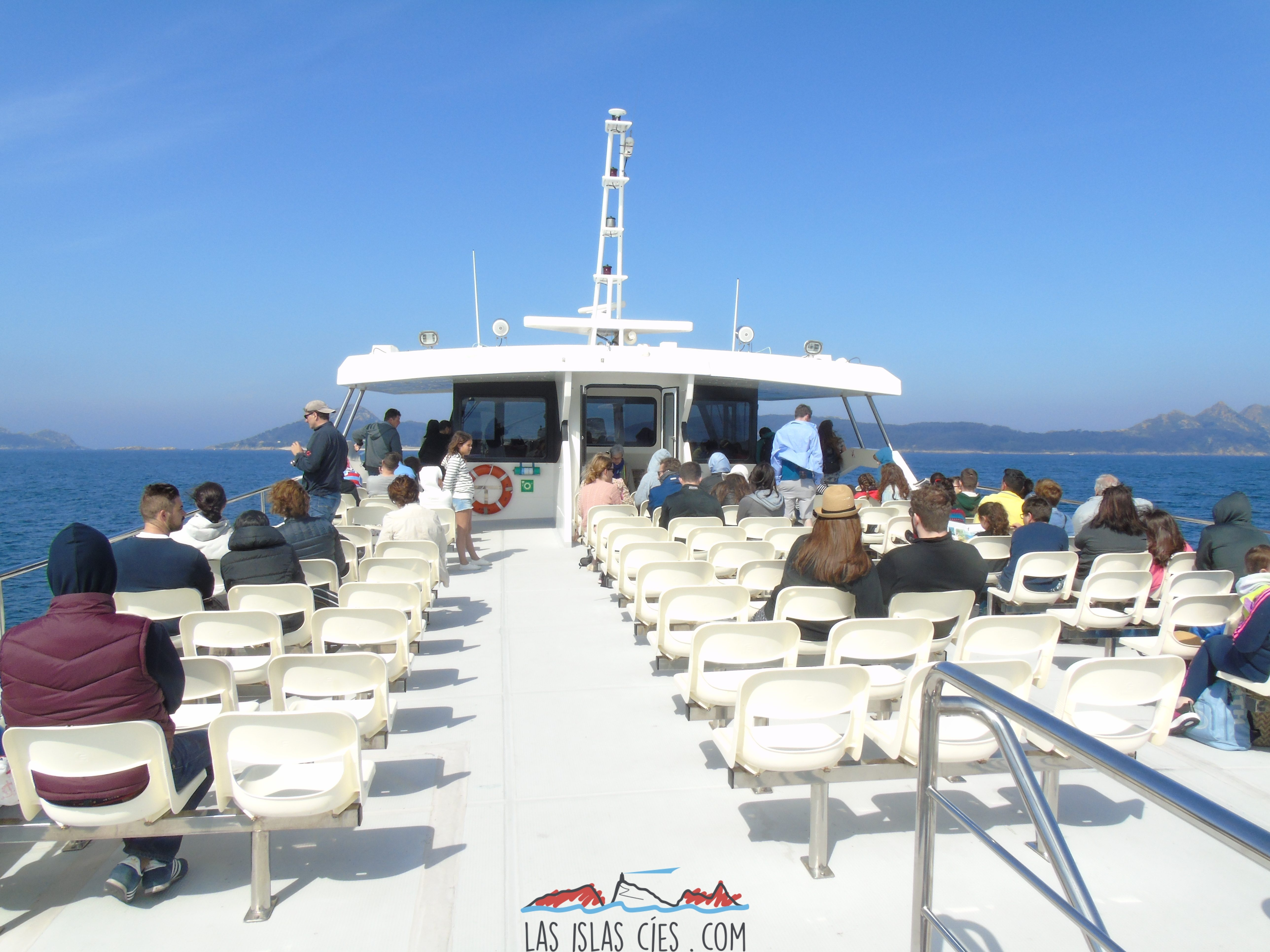 Cubierta Pirata de Nabia - Barco a Cíes