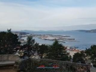 Cíes y Cangas al fondo desde Vigo